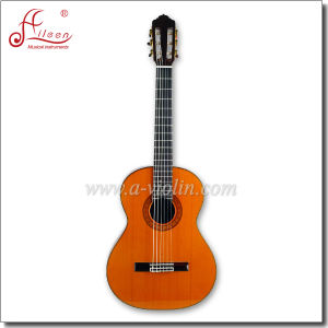 "[Winzz] 39"" Solid Cedar Handmade Concert Classical Guitar pictures & photos"
