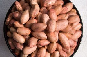 Roast Peanut with Red Skin pictures & photos