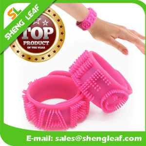 Novelty Funny Custom Spiky Word Kids Silicone Wrist Slap Band pictures & photos