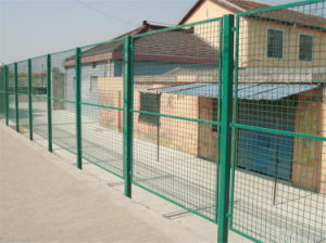 Wire Mesh Fence Galvanized/PVC Coated Made in China with Discount Price pictures & photos