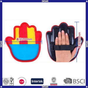 Cheap Price Sports Toys Plastic OEM Logo Hot Sell Hand Shape Catch Ball Set pictures & photos