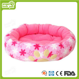Cotton Soft Paw Print Dog Bed (HN-pH313) pictures & photos