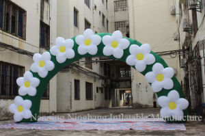 High Quality Wedding Inflatable Flower Arch pictures & photos