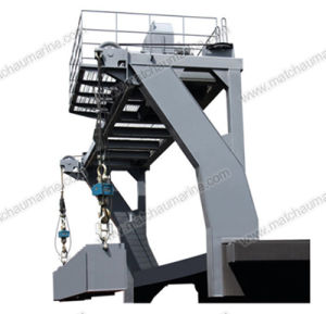 Single Arm Slewing Boat and Raft Davit or Crane pictures & photos