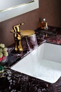 Waterfall Bathroom Basin Faucet with Single Lever (SD-L-005C) pictures & photos
