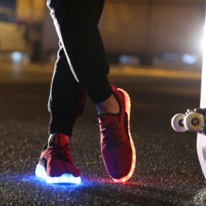 2016 New Style Colorful Sport LED Shoes with LED Lights pictures & photos