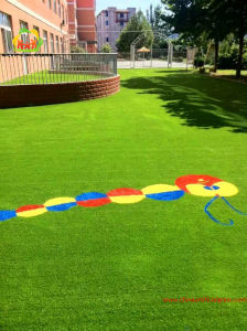 Manufacturer Supply Artificial Grass for Kindergarten pictures & photos