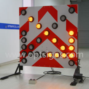 European Standard Emergency Flashing Large Mounted Arrow Boards pictures & photos