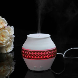 Hot Selling Mini Air Cool Mist Electric Ultrasonic Humidifier for Home Decorative pictures & photos