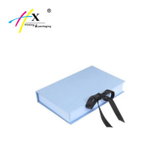 Guangzhou Clothing Cardboard Paper Packaging Gift Box pictures & photos