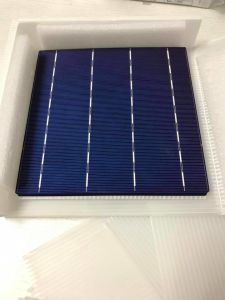 German Quality 6 Inch Poly Solar Cell with Lowest Price pictures & photos