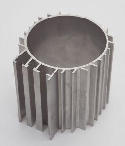 Aluminum/Aluminium Alloy Extruded Industrial Heat Sinks pictures & photos