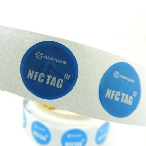 13.56 MHz Ntag213 Adhesive RFID Smart Label for Logistic Tracking pictures & photos