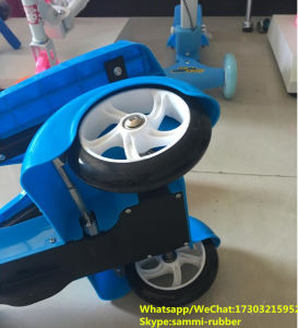 Children Kids Scooter with Three Wheel pictures & photos