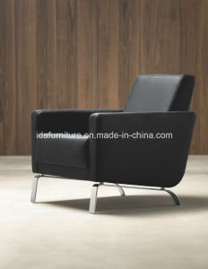 Modern Livning Room Furniture Leisure Leather Upholstered Chair pictures & photos