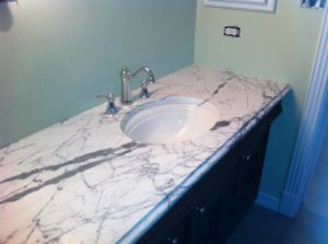 White Marble Vanity Top pictures & photos