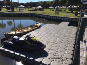 HDPE Floating Plastic Dock Floating Pontoon for Sale