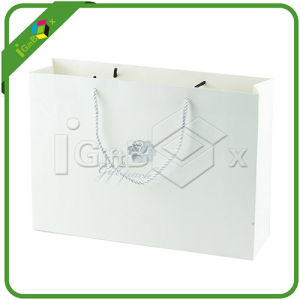 White Paper Bag with Custom Logo Printing pictures & photos