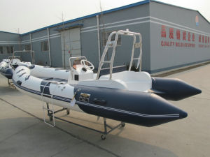 2017 New Model 17FT 5.2m Rigid Inflatable Boat Rib520c Rubber Boat Hypalon with Ce Fishing Boat pictures & photos
