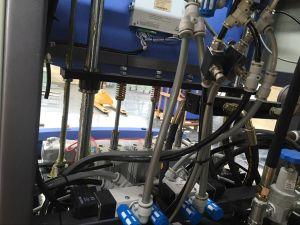 Semi Auto Pet Bottle Blow Moulding Machine pictures & photos