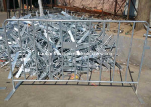 Crowd Control Barrier (CCB) / Pedestrian Barriers pictures & photos