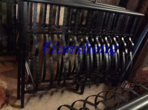 Modern Exterior Wrought Iron Balcony Railing Design pictures & photos