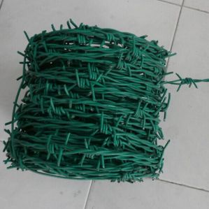 PVC Coated Double Strand Barbed Wire Fence pictures & photos