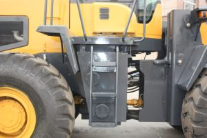 Poplular 5 Tons Heavy Duty Wheel Loader (LQ956) pictures & photos