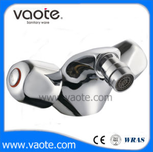 Double Handle Bidet Mixer Faucet (VT61204) pictures & photos