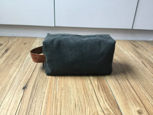 Custom High Quality Washed Canvas Toiletry Bag pictures & photos