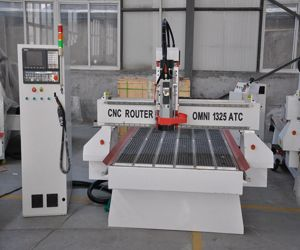 Omn Carrousel Type Wood Working Atc CNC Router for Door pictures & photos