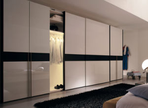 Wardrobe Sliding Door Fittings pictures & photos