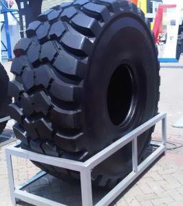Tires for Komatsu HD405 Mining Dump Trucks pictures & photos