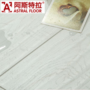HDF/MDF Laminate Flooring with High Quality and Competitive Price pictures & photos