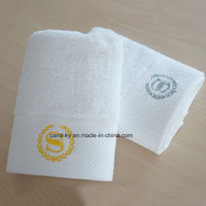 Cotton Bathroom Towel Set with Embroidery and Decoration Hem pictures & photos