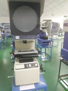 Profile Projectors Apply to Cams, Thread, Stamping Parts, Extrusions Contour Measurement pictures & photos