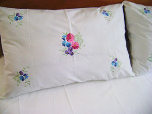 The Peony Embroidery Bedding Set pictures & photos