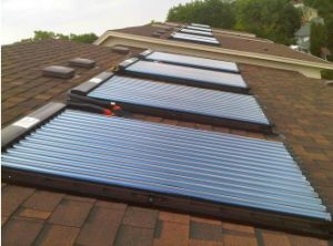 Roof Mounted Pressurized Solar Water Heating System pictures & photos