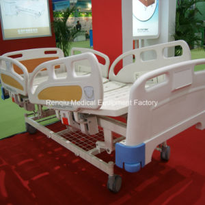 (CE/ISO) Three-Crank Manual (Side Rail Angle Indicator) Hospital Bed/Medical Bed pictures & photos