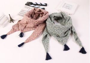 Printing Cotton Children Square Shawls Baby Scarf pictures & photos