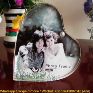 Fashionable Transparent Acrylic Photo Frame pictures & photos