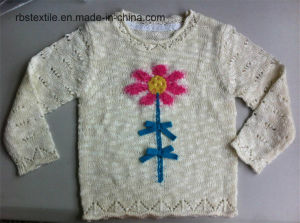 Girls Intarsia Flower Ture Knitted Sweater pictures & photos
