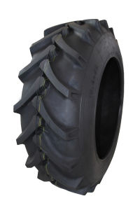 Hr-1 Extra Strong Rear Agricultural Tyre (6.50-16 8.3-20 9.5-20 11.2-24 12.4-28 16.9-34) pictures & photos