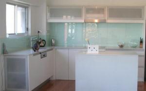 5mm 6mm Thick Kitchen Glass Splashbacks pictures & photos