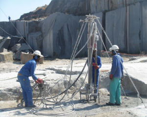 Pneumatic Rock Drilling Machine (Down The Hole drill) pictures & photos