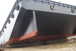 Refloating and Launching Marine Airbags (MMA-01)