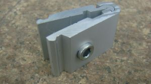 Speical Tension Lock for 8mm Groove Exhibition Booth Stand (GC-Z170) pictures & photos