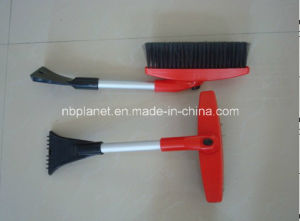 Plastic Rotatable Head Snow Brush with Ice Scraper pictures & photos