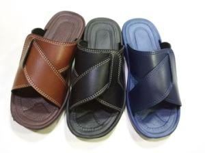 Leather EVA PU PVC Slipper Sandals for Men (21il1605) pictures & photos