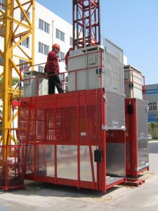 Tdt Sc200 Building Hoist with CE Certificated pictures & photos